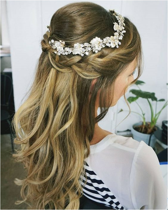 Half up half down wedding hairstyles partial updo bridal hairstyles a great options for the modern bride from flowy bohemian to clean contemporary