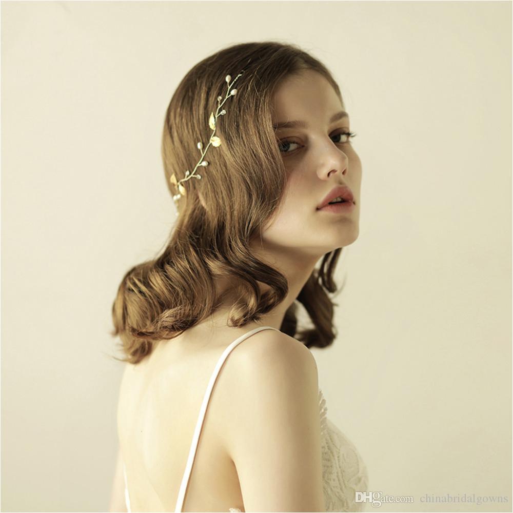 2018 Cheap Elegant Wedding Hair Vine Glinting Leaves Pearl Handmade Bridal Headpieces Tiaras Bridal Hair Accessories Asian Hair Accessories Bobby Pins