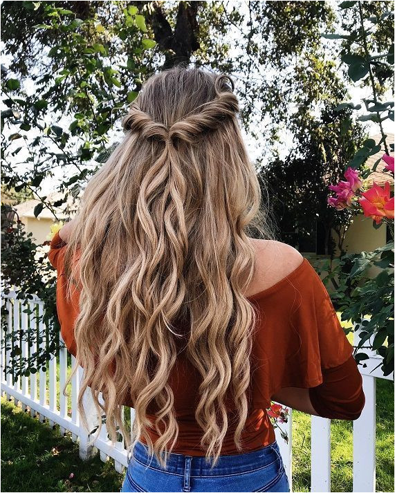 Easy half up half down hairstyle easy half up hairstyle in 1 min boho hairstyle hairstyle for long hair boho hairstyles chic hairstyle ideas boho hairstyles