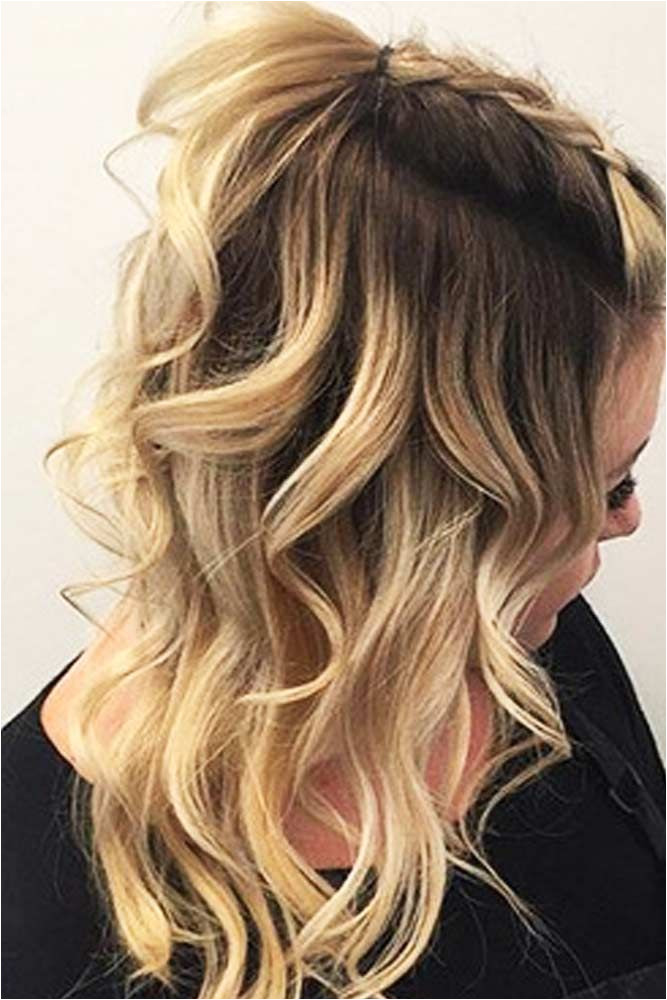 We have created a photo gallery featuring cute hairstyles for medium hair that you can create in little time – 5 minutes or less Ideal for busy la s