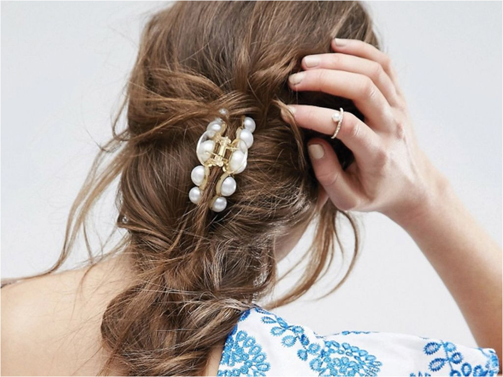 7 Easy Hairstyles You Can Do with a Claw Clip Here are seven ways to rock this plastic banana lifesaver