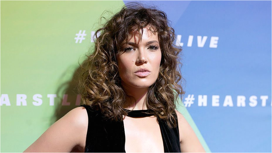 Big Curly Hair Is ficially a Red Carpet Trend But Will It Last