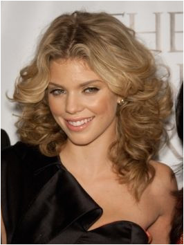 Feathered Curly Hairstyle AnnaLynne McCord Hairstyles