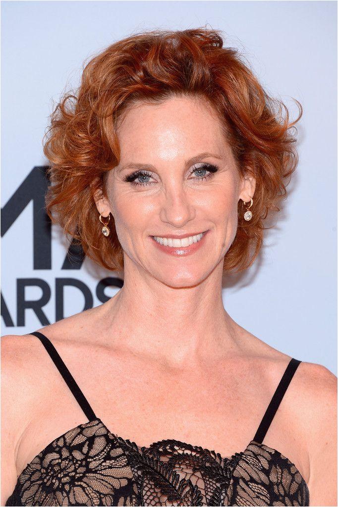 Judith Hoag Short Curls Judith Hoag sported a classic short curly do at the CMA Awards