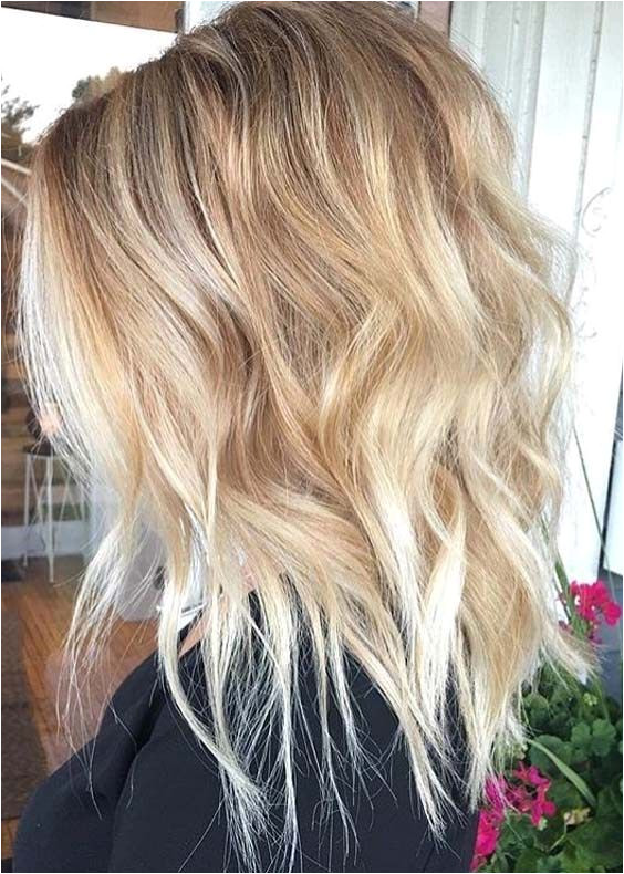 42 Hottest Medium Length Blonde Haircuts for 2018