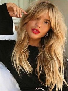 Lovely Long Blonde Hairstyles with Bangs to Wear in 2018