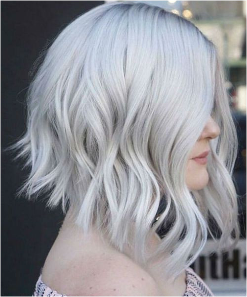 New Icy Platinum Blonde Bob Hair 2019 to Mesmerize Anyone