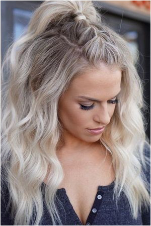 60 Ultra Flirty Blonde Hairstyles You Have To Try Blonde Hairstyles Hair Down Hairstyles
