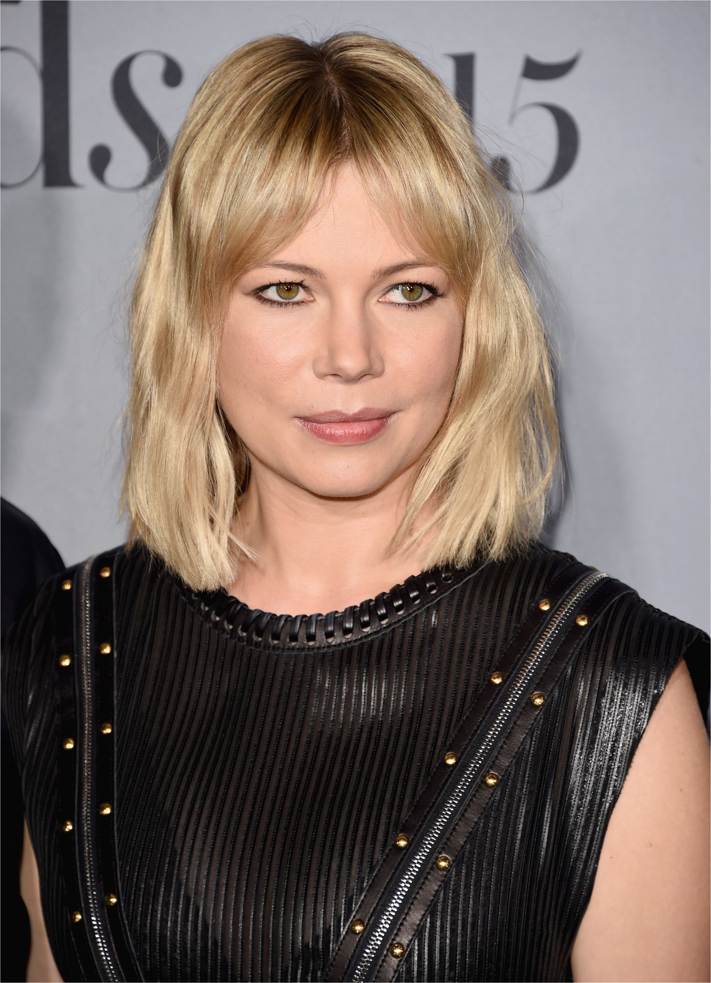 No your hair should not actually be broken But if you ve already mastered the bob for a few seasons like Michelle Williams freshen it up with trendy