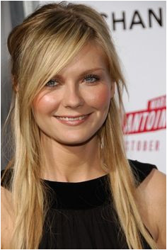 LOVE half up long side swept bangs pulled from low on forehead edgy layers and bangs kirsten dunst Goals for my thin hair