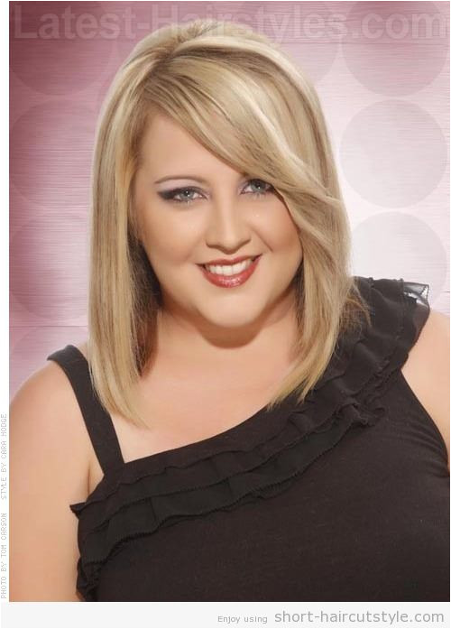 Short Hairstyles For Fat Faces And Double Chins 005