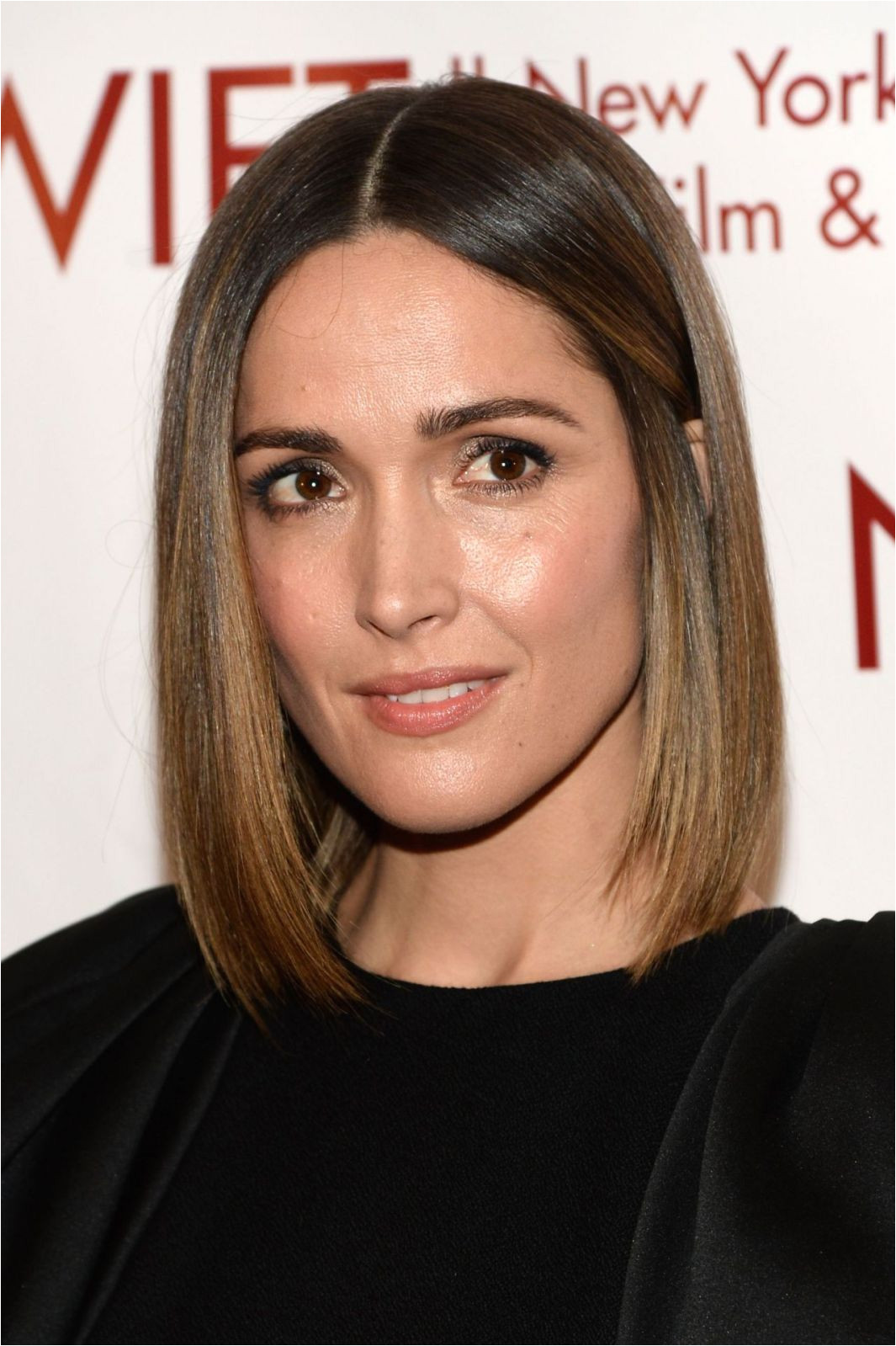 Rose Byrne long bob haircut