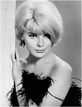 Bob Hairstyles 1960s 1960s Bob Hairstyle 1960s Bob Hair Beauty Divine Do S