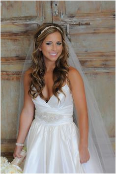 Are you looking for Wedding Hairstyles with Veil for updos half down bun long and short hair styles See our collection full of Wedding Hairstyles with Veil