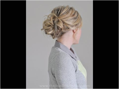 10 easy & glamorous updos for medium length hair