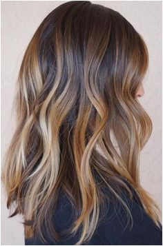Different Dimensional Caramel Balayage Hairstyles for Women to Look Pretty