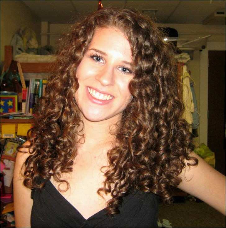 Girls Hairstyles for Parties Awesome Elegant Hairstyle for Curly Hair