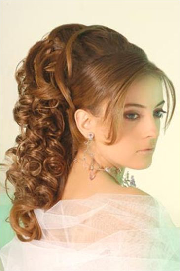 Latest Party Hairstyles for Girls