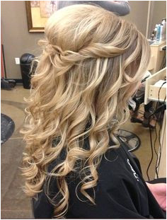 Half up half down romantic country rustic wedding hairstyle curly Country Hairstyles Down Curly Hairstyles