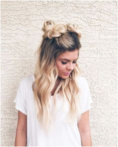 2 Buns Hairstyle Easy Curled Hairstyles Easy Beach Hairstyles Edgy Hairstyles Hairdos