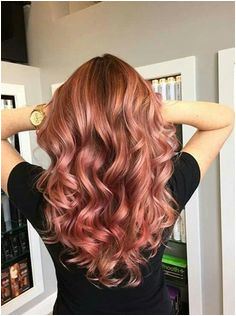 Hair cut style wave red Rose Hair Color Rose Gold Hair Brunette Red Hair