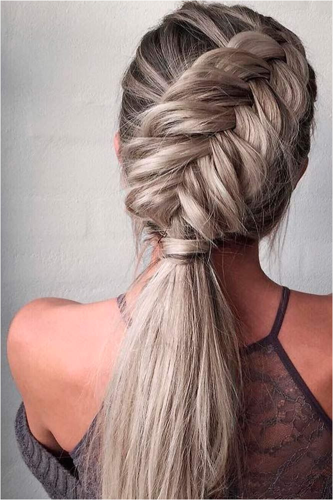 First date butterflies To go on a first date every detail should be taken into consideration See our collection of the loveliest hairstyles ideal for a