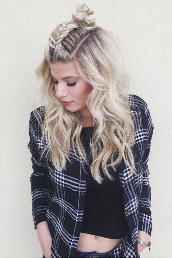 Cute And Easy First Date Hairstyle Ideas Trend To Wear
