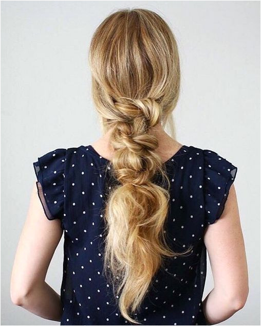 How cute is this Knotted Low Pony by the beautiful and talented Melissa Cook Missy Sue Blog ❤ Melissa is wearing her bleachblondeluxyhair to add