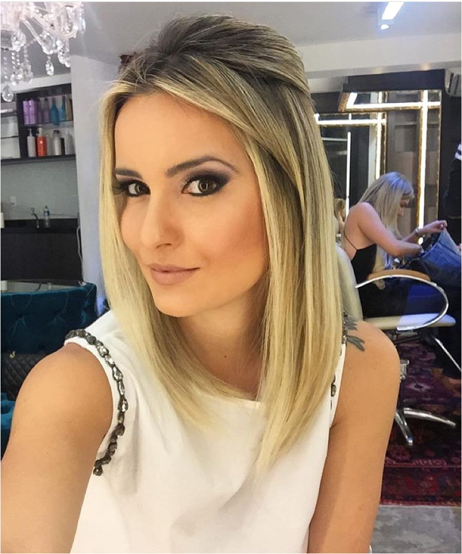 Most Popular Medium Hairstyles Women Shoulder Length Haircuts
