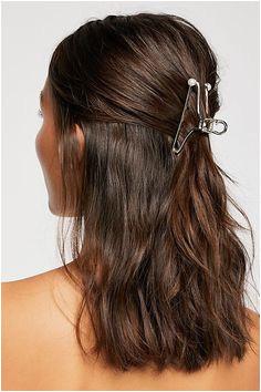 Simple Metal Claw Silver Metal Hair Claw Hair Claw Medium Hairstyles Short Bob