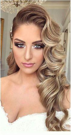Beautiful wedding hair with wavy curls