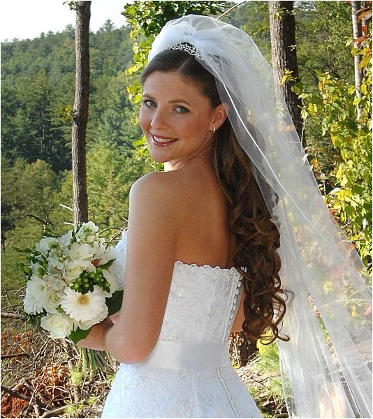 Updos With Headbands For Bride Long length bridal veil with tiara and down hairstyle