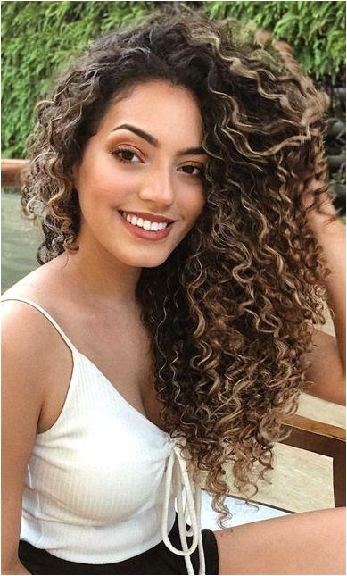 é um blog que fala sobre cabelos cacheados e crespos receitas caseiras dicas sobre transi§£o capilar e muito além de cachos CurlyHairstyles