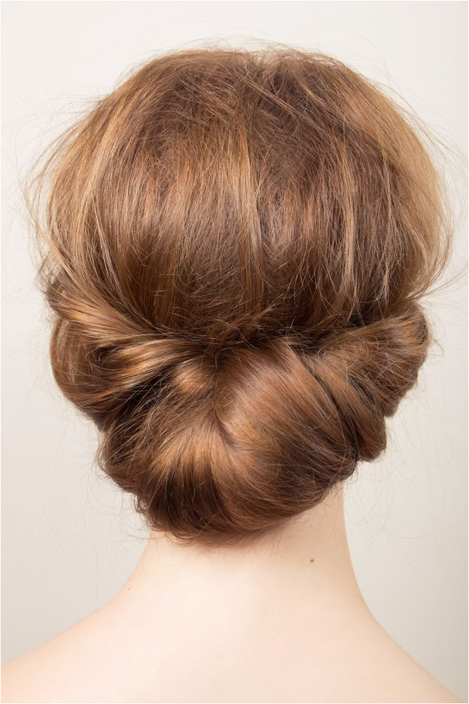 7 Easy Updos You Can Wear To Any Holiday Party Christmas Party Hair and Make up Inspiration For Jenny Buckland Make up partyseason partyhair partymakeup