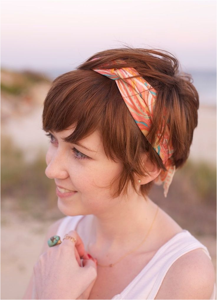 pixie haircut is is cute I need to try using a headband like this