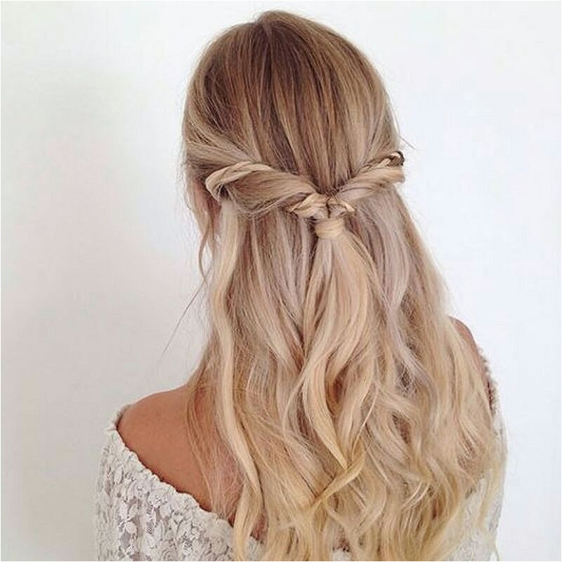 Are you Labor Day ready Get cute and easy hairstyle ideas for the whole labordayweekend right now on the blog We have gathered the top summer pins that