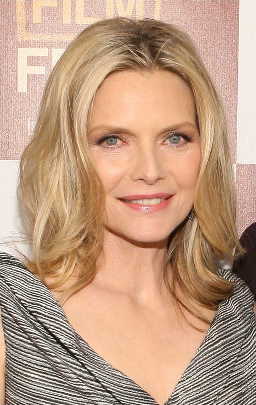 Michelle Pfeiffer hairstyles 56a084fc5f9b58eba4b13a7d
