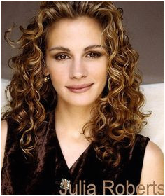 natural curly hairstyles Julia Roberts Cheveux Sains Long Hairstyles Long Curly Haircuts Layered
