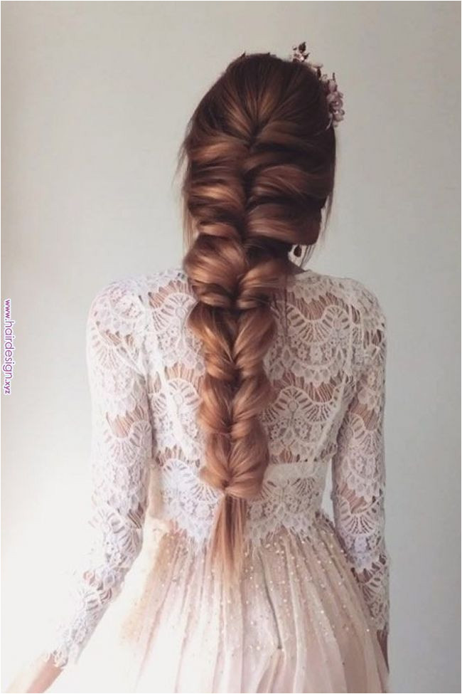 65 Stunning Prom Hairstyles for Long Hair for 2019 Check out our collection of prom hairstyles for long hair We have picked only the tren st and most