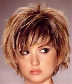 Layered hairstyles can bring appeal to any hair type length or face shape