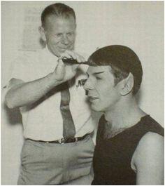 Spock ting a haircut Leonard Nimoy Kurt Cobain Science Fiction Behind The Scenes