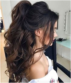 Curly half up by Elstilespb BouffantHairHalfUp Quince Hairstyles Thick Hair Hairstyles Wedding