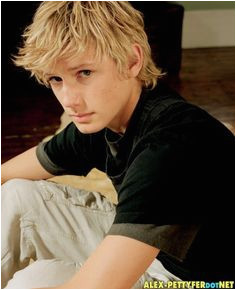 Max Blonde Hair Boy Blonde Boys Maximum Ride Alex Pettyfer Teenage Guys