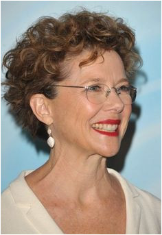 Hairstyles For Women Over 60 With Glasses