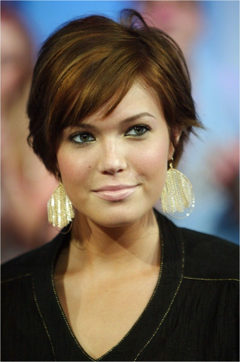 Short Haircut for Round Face short haircuts for round faces and thick wavy hair 19 Short Haircut for Round Face 2017 Short Hairstyle