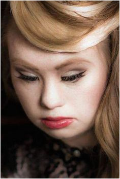 Madeline Stuart Model With Down s Syndrome Will Walk At New York Fashion Week