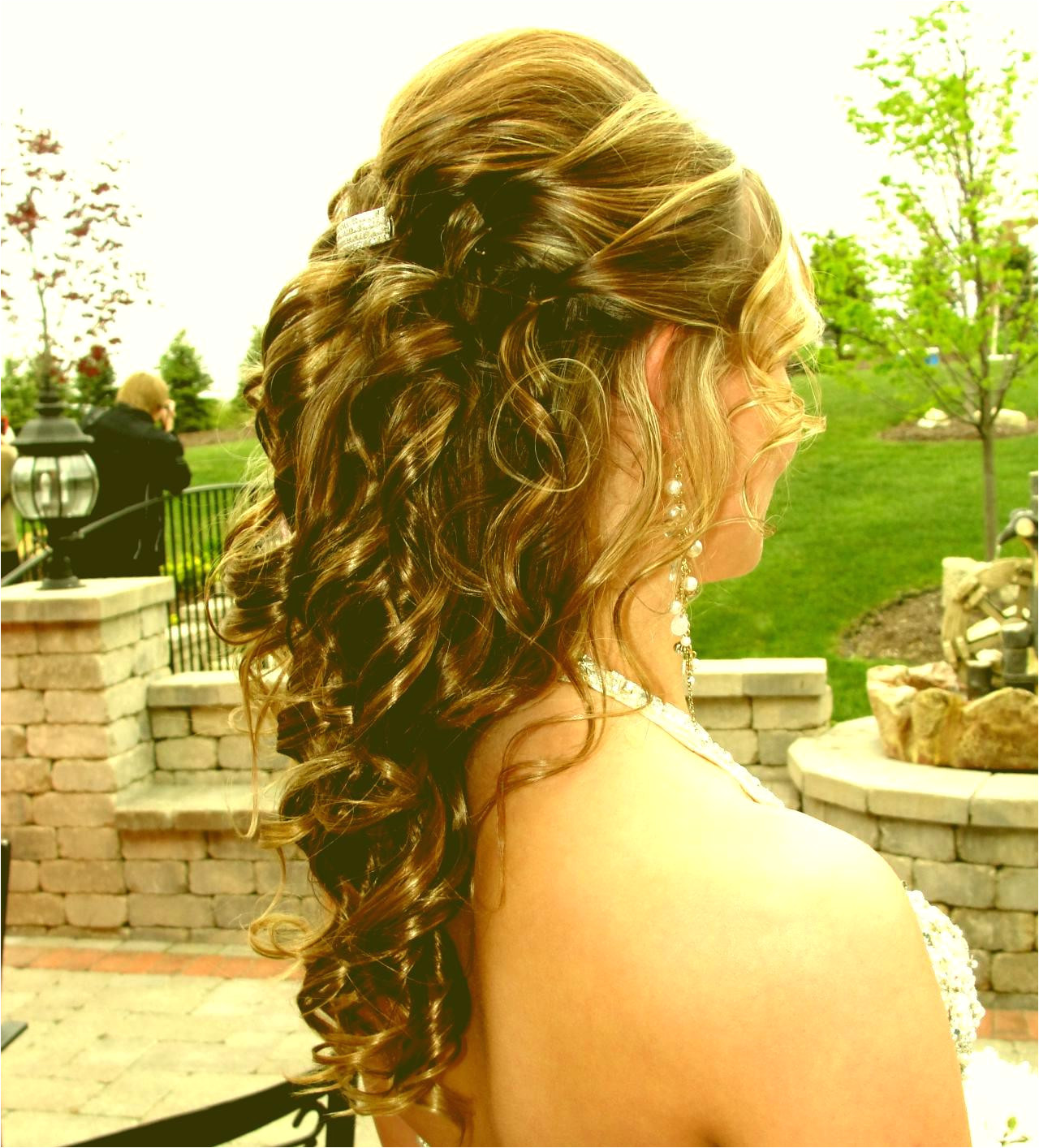 Prom Hairstyles For Short Hair Half Up Half Down Odmalicka Pertaining To Bob Hair Inspirations