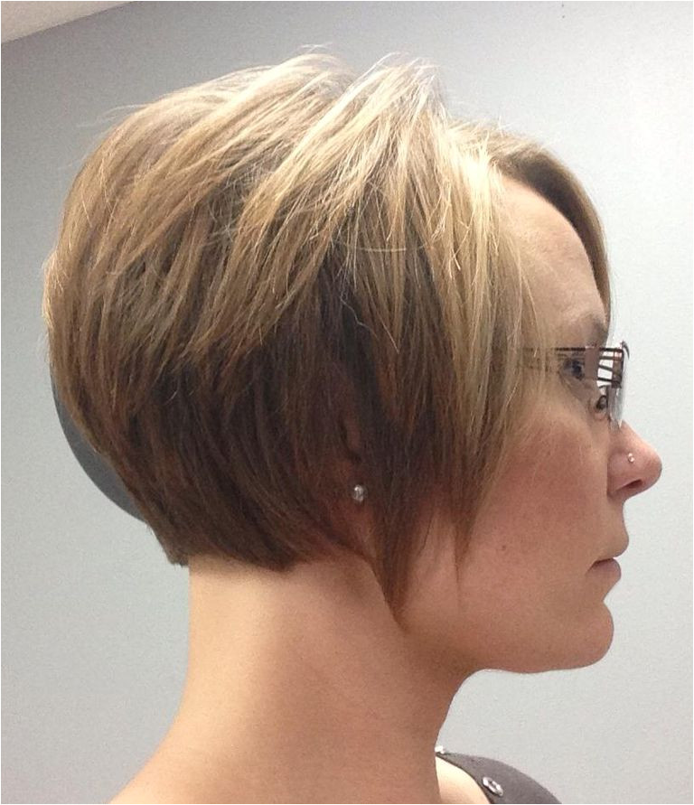 woman growing out pixie haircut