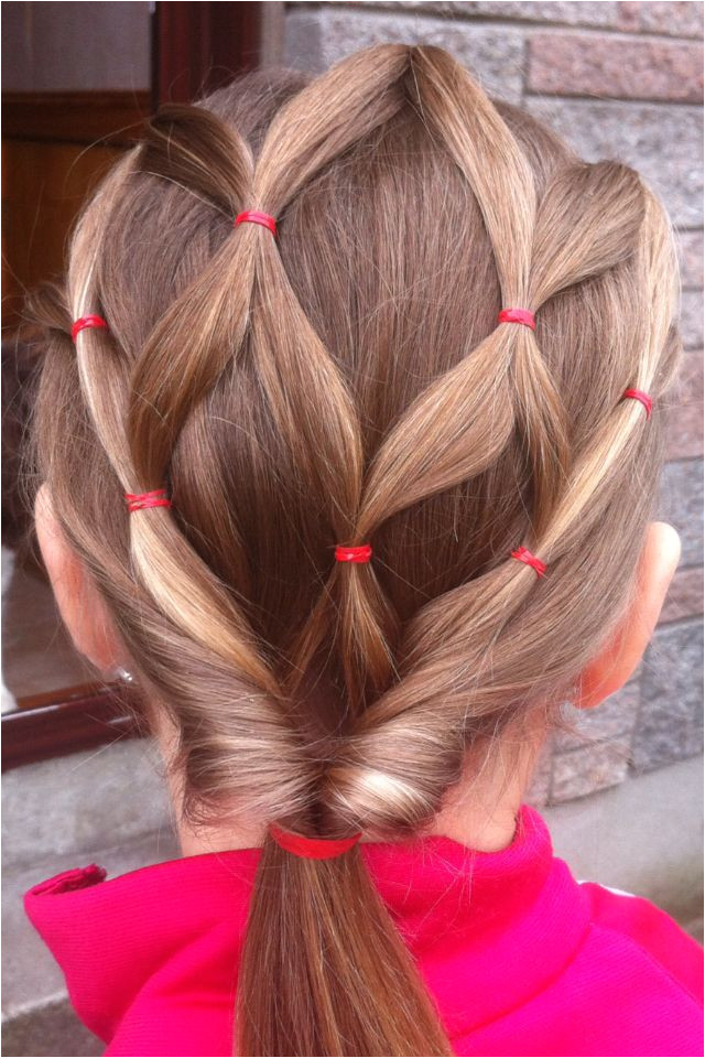 I use to do emmas hair like this I need to back to doing her hair all nice and shit lost my touch