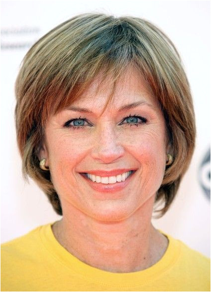 Short hairstyle for women over 50s Dorothy Hamill s Hairstyles